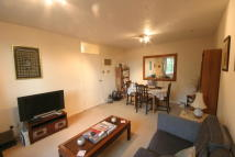 Apartment to rent in Lane End, West Hill,...