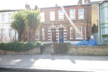 1 bedroom Flat to rent in Robbinson Road...
