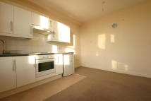 Studio apartment to rent in Upper Tooting Road,...