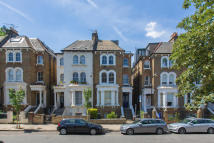 3 bedroom Terraced home in Victoria Rise,, Clapham...