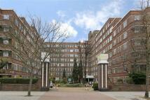 Studio apartment to rent in Du Cane Court...