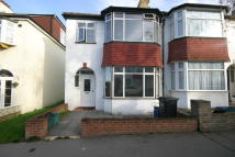 3 bedroom Detached home in Barmouth Road, Croydon...