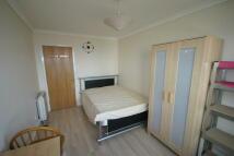 1 bedroom Flat to rent in Oak Lane, London, E14