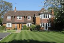 5 bed Detached home in The Park, BOOKHAM