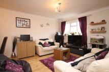 1 bed Apartment to rent in Boleyn Walk, LEATHERHEAD
