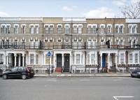 Flat to rent in Lisgar Terrace, Fulham...