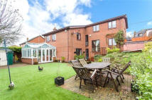 5 bed Detached home for sale in Lords Wood Lane, Chatham