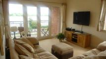 Flat to rent in East Dock, Linslade...