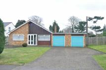 3 bed Detached Bungalow in Parkers Lane, Ashtead