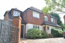 4 bedroom Detached house in Mole Valley Place...