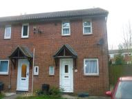 2 bed property in Weybridge Close, Chatham...