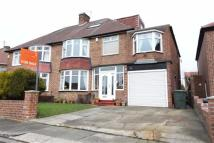 4 bedroom semi detached house in Beach Road, Tynemouth