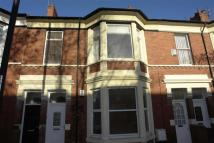 Flat to rent in Queen Alexandra Road...