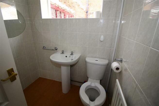 Shower Room (No. 19)