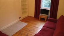 Flat to rent in Wardlaw Place, Edinburgh...