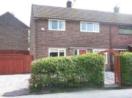 2 bedroom semi detached property in Lanegate, Hyde