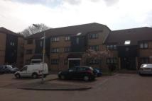 2 bed Apartment in Mulberry Close, LU1