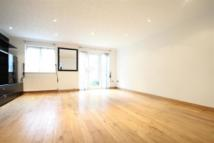 Detached home in Enfield
