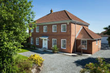 5 bedroom Detached property in Main Street, Knapton York