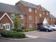 Flat to rent in Tilers Close, Merstham...