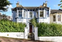 4 bed semi detached house in Southdown Road, Brighton...