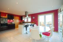 4 bedroom Detached property in 22 Geatons Road...