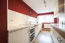 Flat in 2G Lawmuir Crescent...