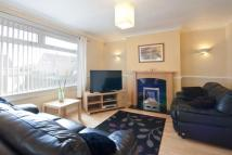 3 bedroom semi detached house in 32 Stoneybank Grove...