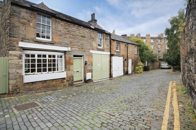 3 bedroom mews house for sale in 2 dublin street lane