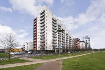 3 bedroom Flat in 4/1 305 Glasgow Harbour...