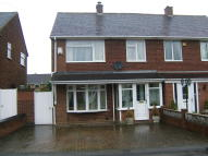 3 bedroom semi detached house in Chatsworth Crescent...