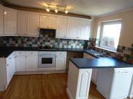 3 bed semi detached home to rent in Maori Avenue, Hucknall...