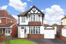 3 bed Detached property for sale in GOLDTHORN PARK...