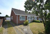 Semi-Detached Bungalow to rent in Raymond Road, Norwich