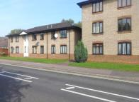 1 bedroom Flat to rent in TOWN END CLOSE...