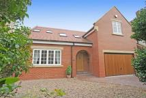 4 bedroom Detached house in St Georges Crescent...