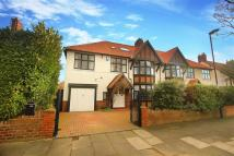 6 bedroom semi detached property in Holywell Avenue...