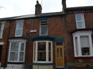 2 bed home in South View Crescent...