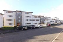 Flat to rent in Strathclyde Gdns...