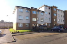 Flat to rent in Silverbanks Road...