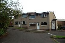 Flat to rent in Gateside Crescent...