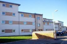 Flat to rent in Strathclyde Gardens...