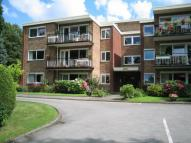 2 bedroom Flat in Clysbarton Court...