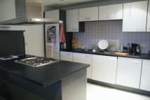 2 bed Apartment to rent in Hartland House...
