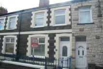 2 bed house in Donald Street, Roath...