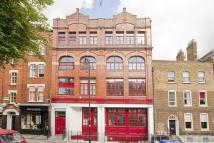2 bed Flat for sale in Cross Street, Islington...