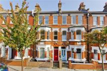 5 bedroom property in Calabria Road, Highbury...