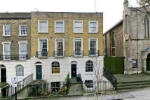 Terraced property in Canonbury Road...