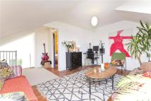 2 bed Terraced house for sale in Pyrland Road, Highbury...