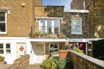 2 bedroom house in Culford Road, Canonbury...
